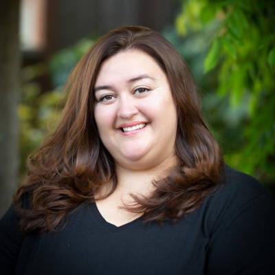 Sarah Cardwell - VP Customer Relations - storeinside